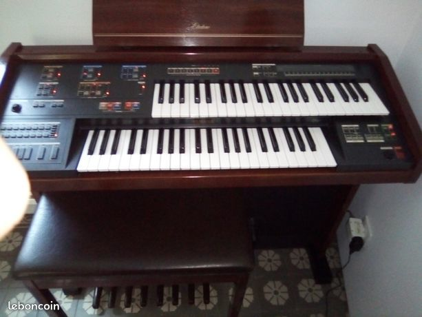 orgue electronique YAMAHAdouble clavier electrone MC200 1 Marquise (62)