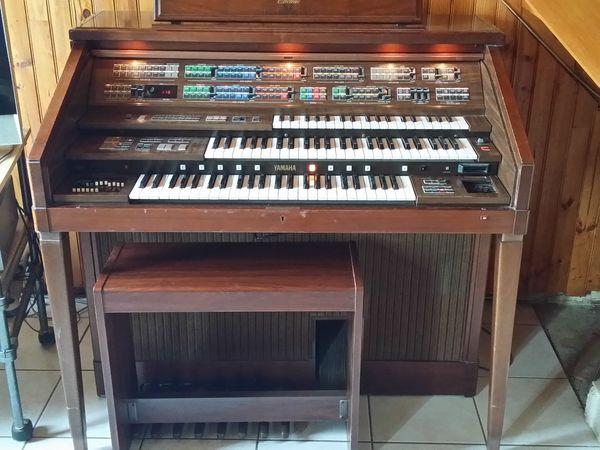 orgues occasion en bretagne annonces achat et vente de orgues paruvendu mondebarras. Black Bedroom Furniture Sets. Home Design Ideas