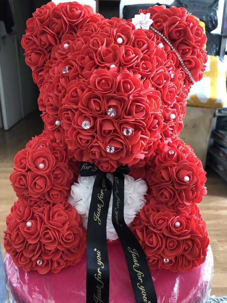 ours de 30 cm avec fleurs artificielles 20 Vigneux-sur-Seine (91)