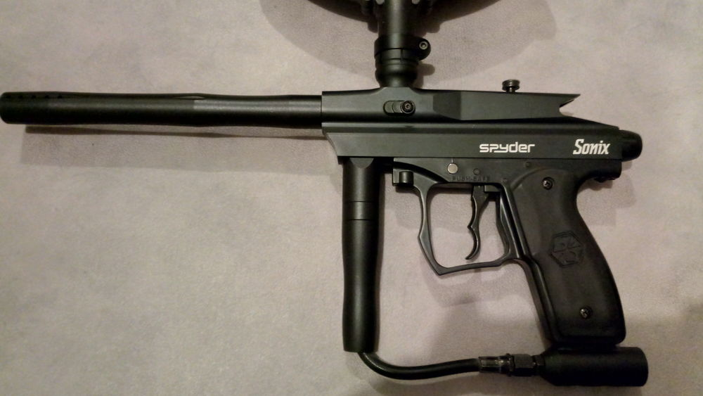 Paintball spyder sonix lot Sports