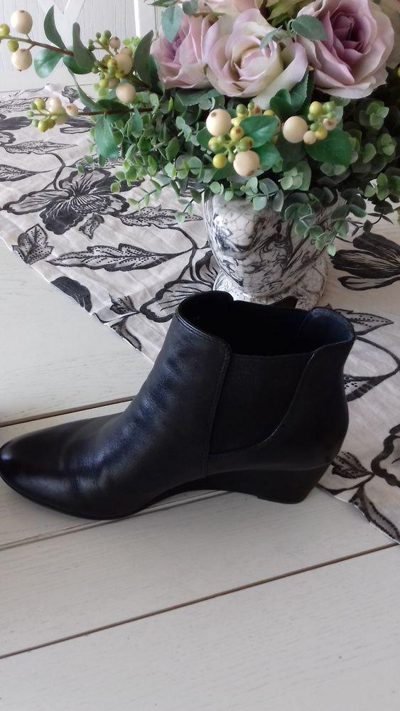Paire de boots femme  MARQUE : GEOX 125 Soissons (02)