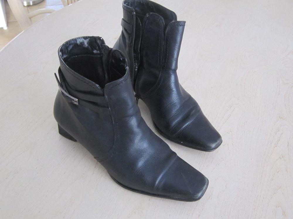 meilleures baskets vente au royaume uni gamme complète d'articles Paire de bottines FEMME cuir noir