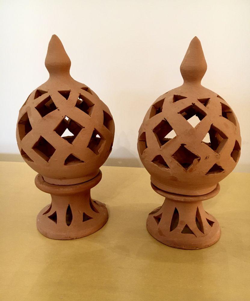 Paire de Bougeoirs artisanaux en terre cuite pomme de pin  8 L'Isle-Jourdain (32)