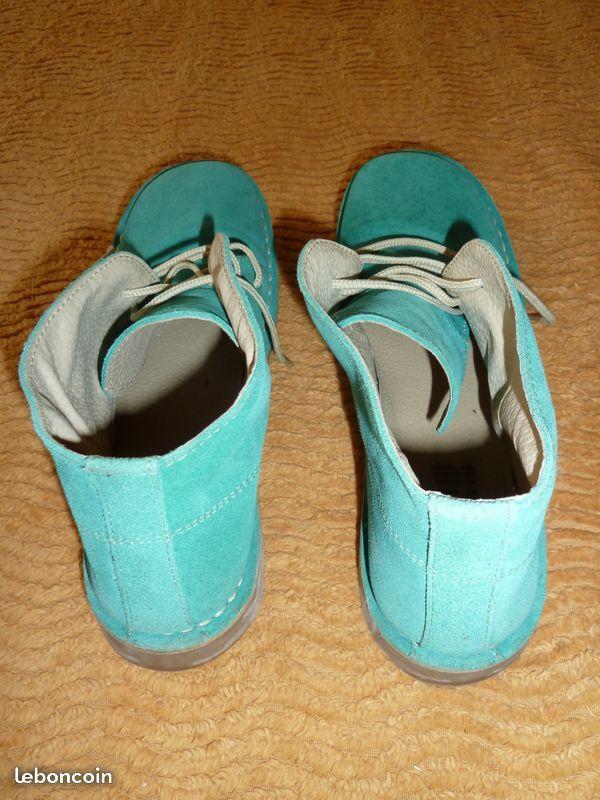 Paire de chaussure en daim vert 10 Tulle (19)