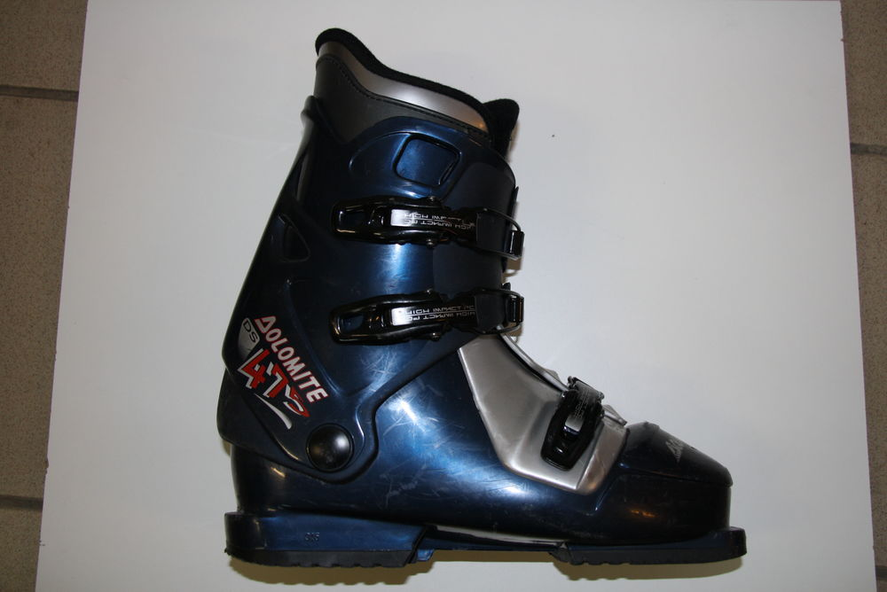 PAIRE DE CHAUSSURES SKI ALPIN T.42 20 Claye-Souilly (77)