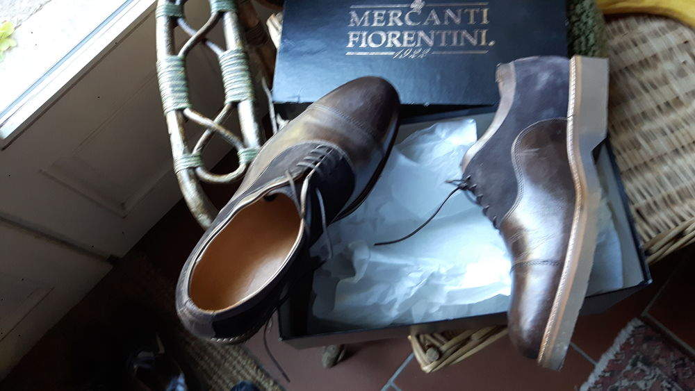 1 paire de chaussures neuve made in Italy 0 Nantoux (21)