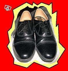 Paire de chaussures de ville noire neuve Maroquinerie