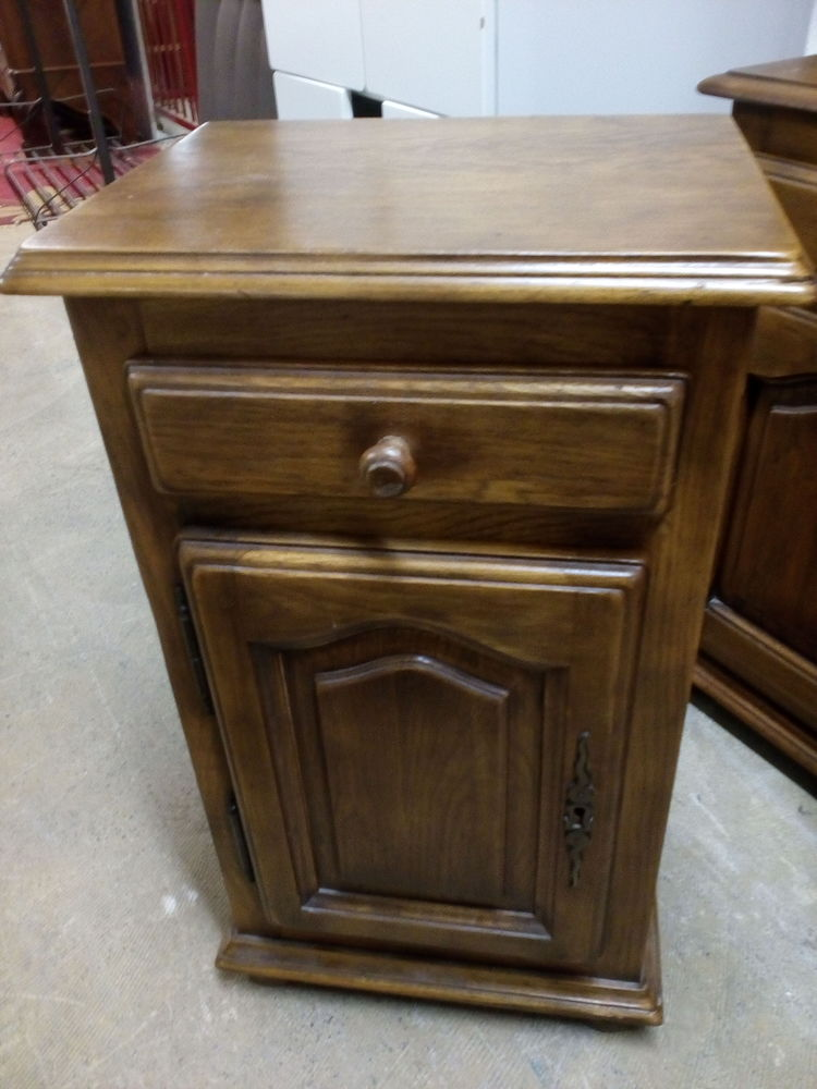 meubles rustiques occasion en haute garonne 31 annonces achat et vente de meubles rustiques. Black Bedroom Furniture Sets. Home Design Ideas