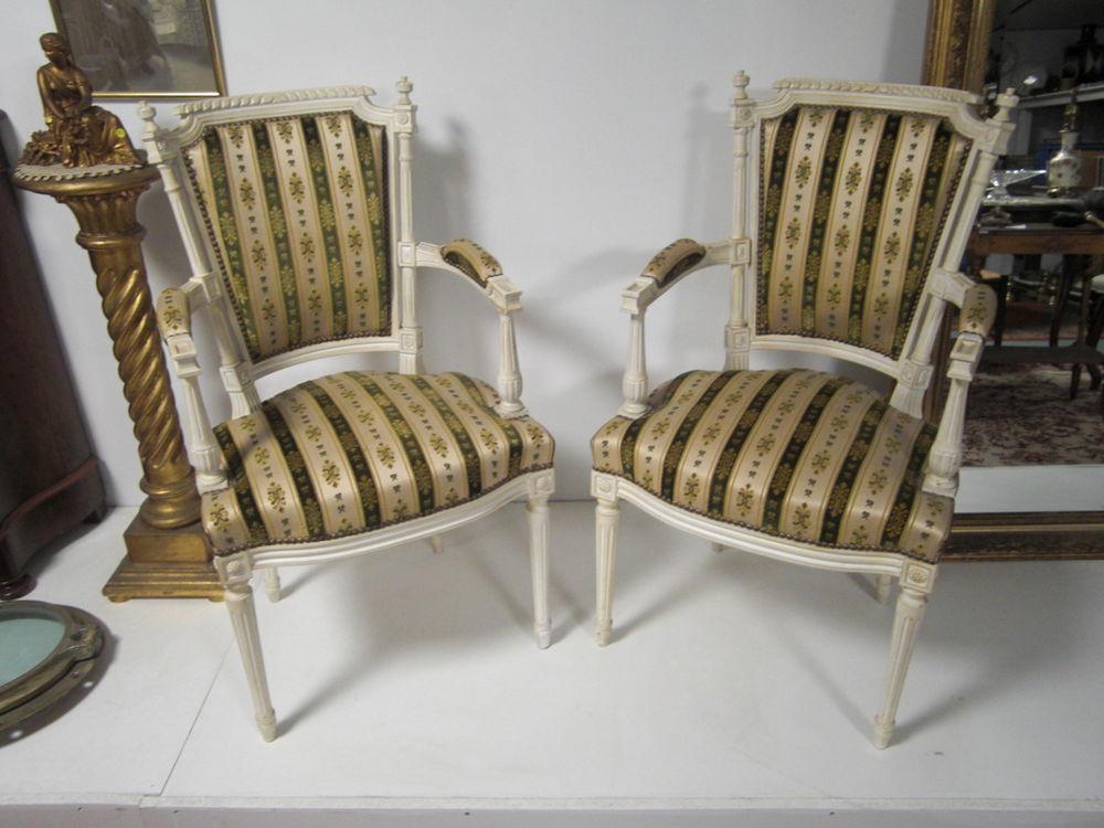 paire de fauteuil ancien 499 Château-l'Évêque (24)