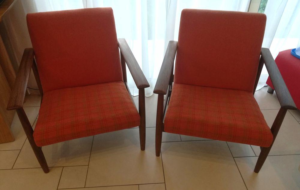 Paire de fauteuils bas en teck et tissus/ type scandinave  600 Aubagne (13)