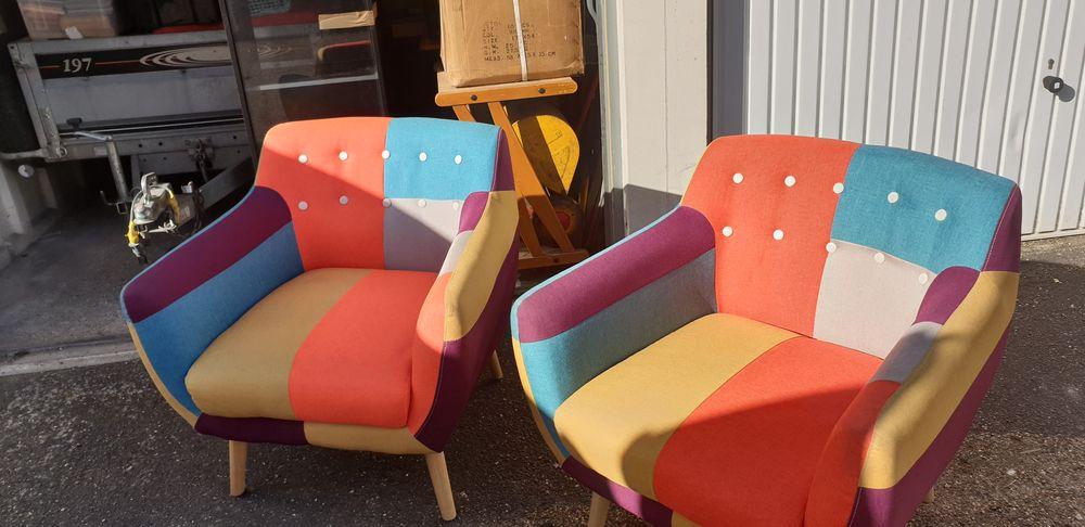 Paire de fauteuils tissus  patchwork  de style vintage  , 0 Trappes (78)