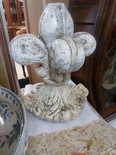 Paire de fleurs de lys 50 Toulouse (31)