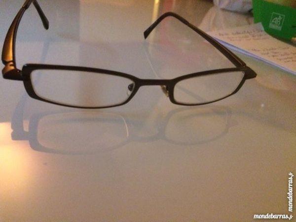 Achetez paire de lunettes occasion, annonce vente à Le Kremlin ... 7a9abab54d7b