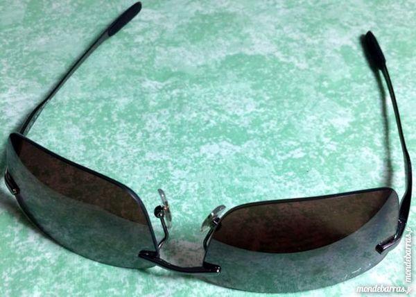 Paire de lunettes de soleil Ray-Ban 60 Marolles-en-Hurepoix (91)