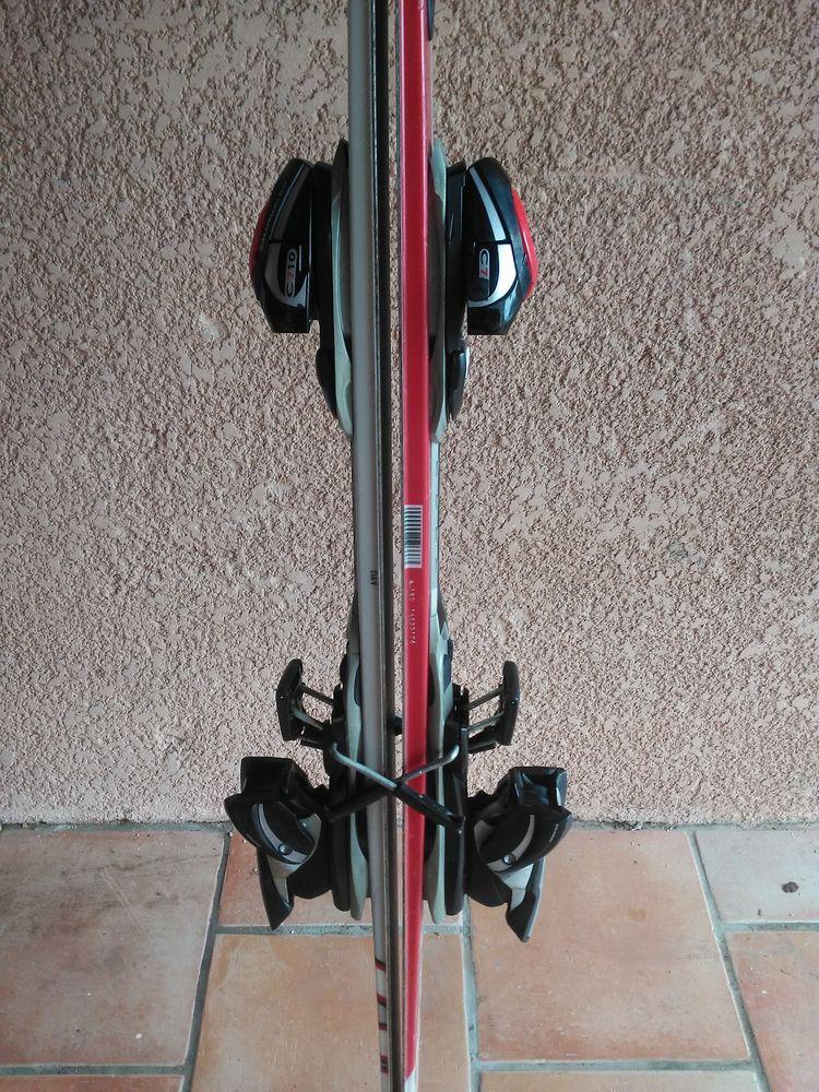 Paire  de  ski marque SALOMON 6 Meynes (30)