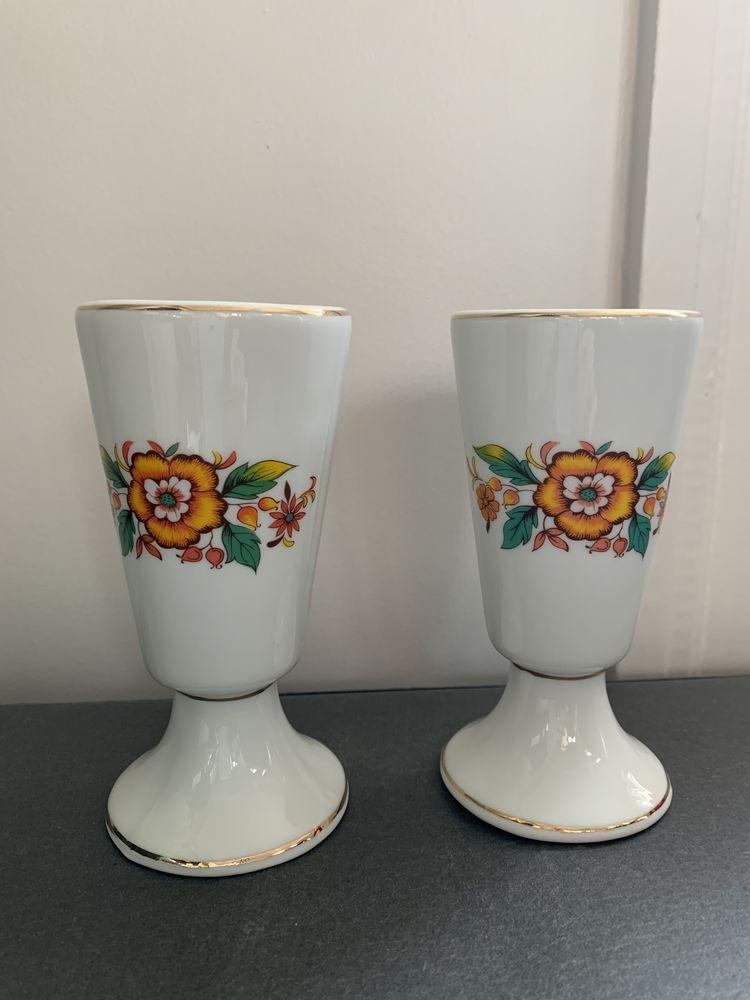 Paire de mazagrans en faïence blanche avec motif floral vint 10 Rennes (35)