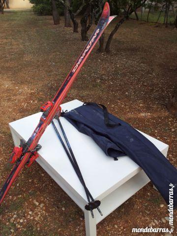 Paire de skis + housse Sports