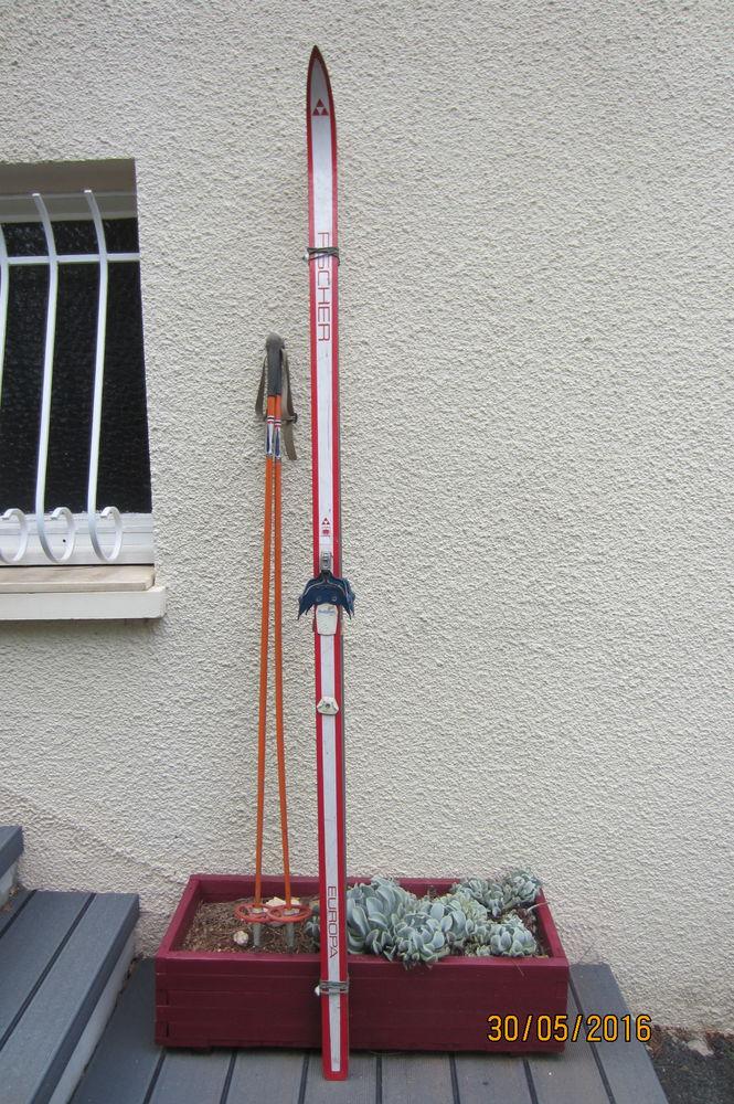 paire de skis  50 Fleurance (32)