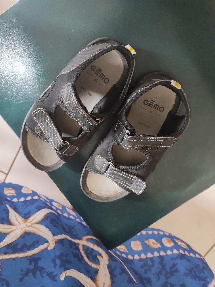 10€ paires de chaussettes une paire ouvert l'autre 10 Accolay (89)