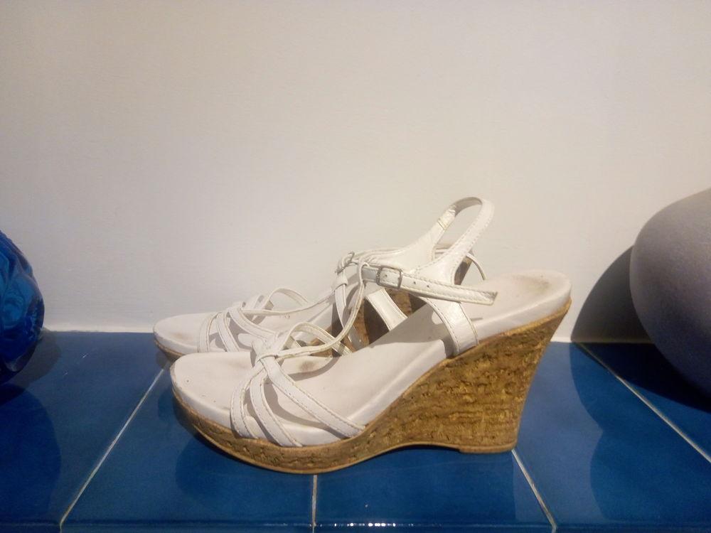 3 PAIRES DE Chaussures 5 Villeneuve-sur-Lot (47)