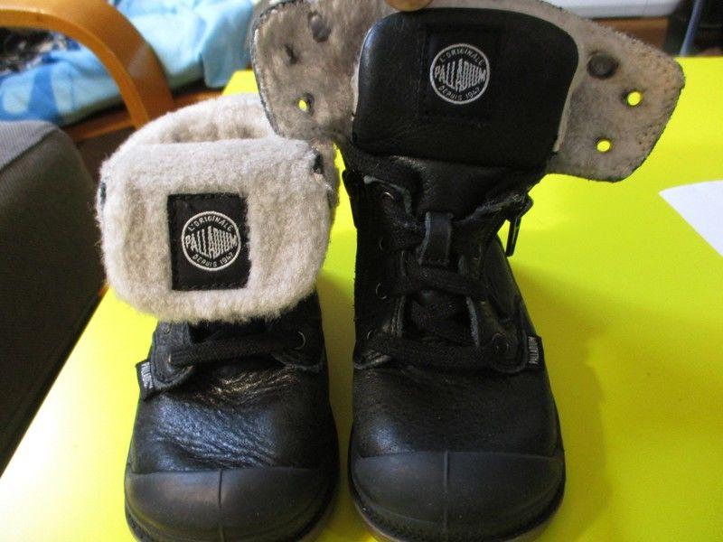 Palladium bébé bottines boots bottes  cuir 22  30 Lognes (77)