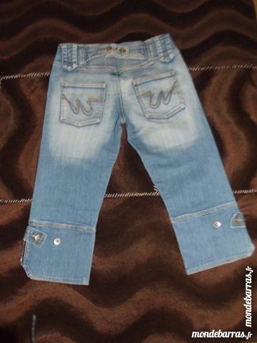 Pantacourt jean bleu délavé