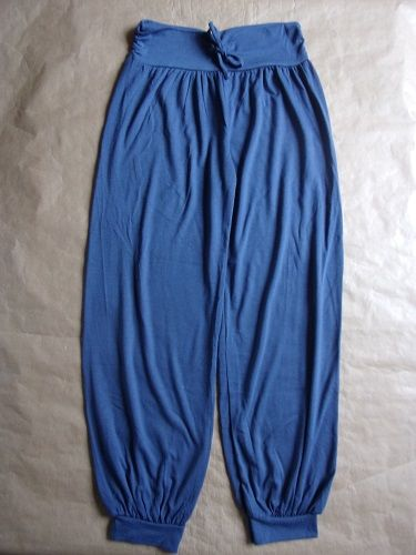 Pantalon bleu en taille 14 ans 2 Montaigu-la-Brisette (50)