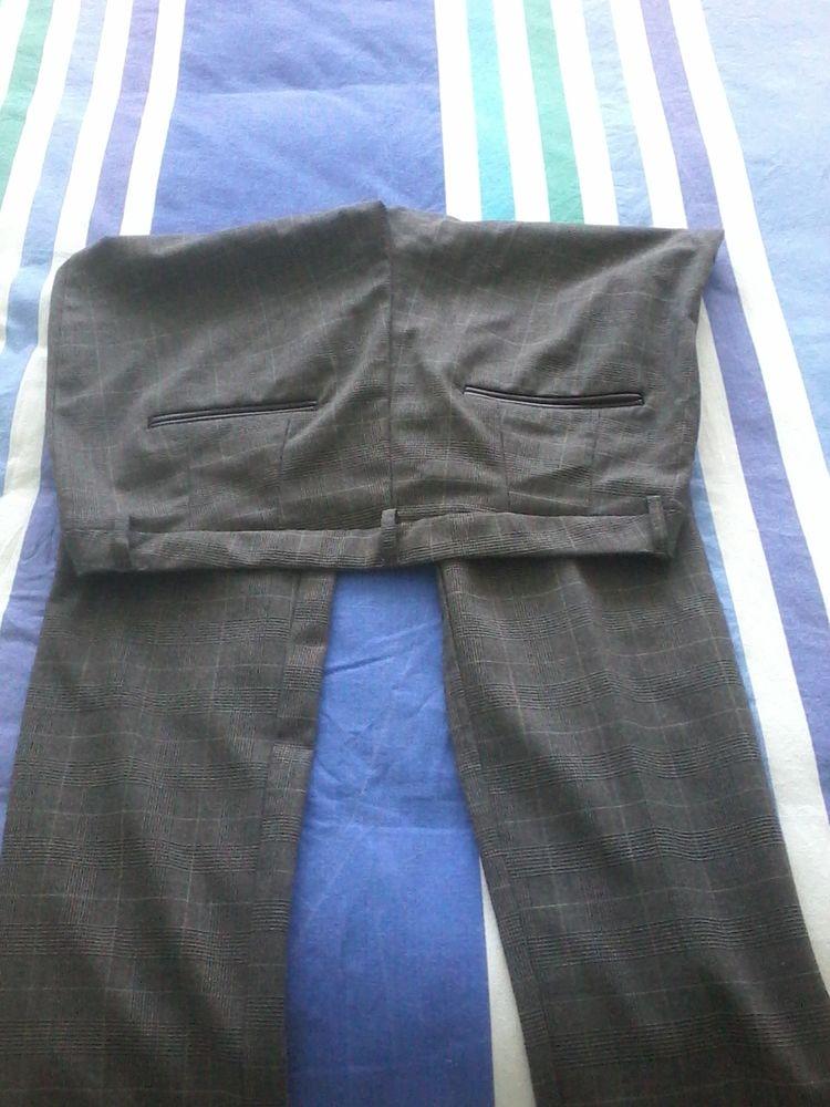 Pantalon classique  a la mode neuf kiabi  15 Tourcoing (59)