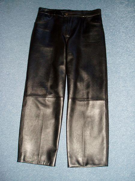 pantalon cuir noir femme 30 Nantes (44)