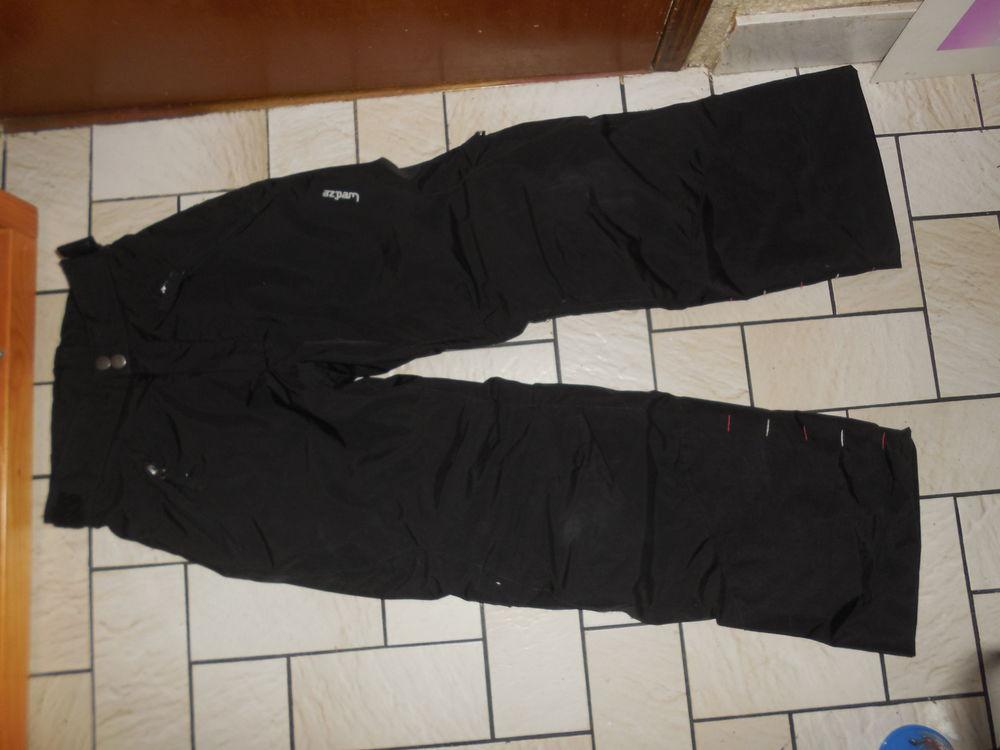 pantalon de ski enfant  pull n'fit  8 ans et 12 ans  22 Pontault-Combault (77)