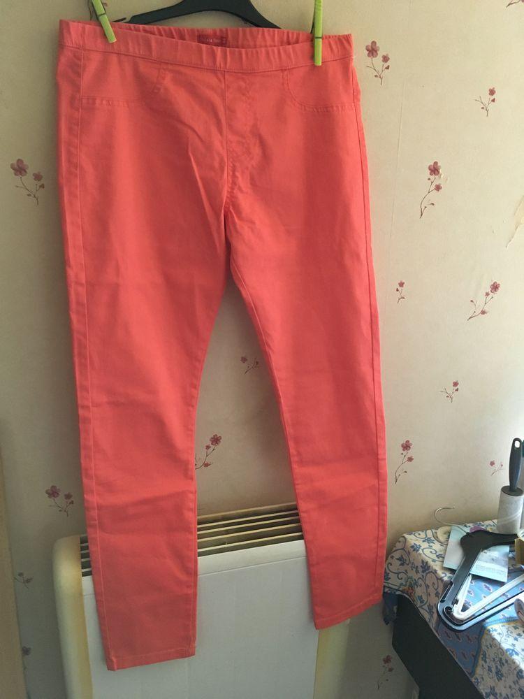 pantalon femme coton taille élastique et tunique neuf 10 Sainte-Honorine-des-Pertes (14)