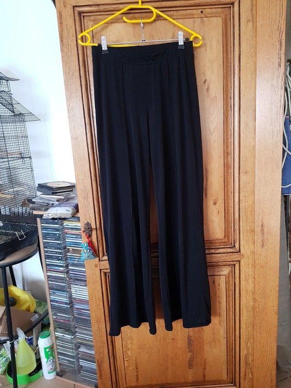 Pantalon fluide noir tres bon etat marque un extenso taille  6 Viriat (01)
