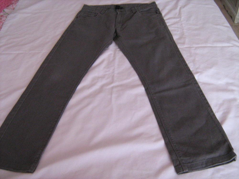 Pantalon gris 5 Cannes (06)
