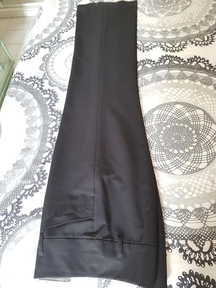 Pantalon habillé, noir, T36 de la marque ETAM 10 Voisins-le-Bretonneux (78)