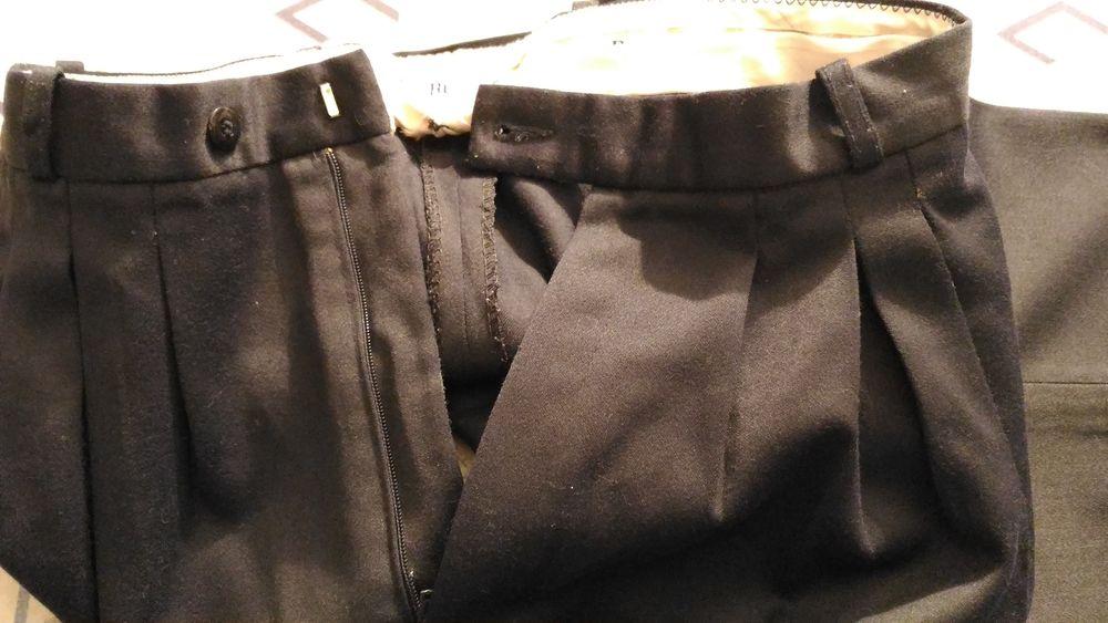 Pantalon HOMME à pinces Burton  30 Savigny-sur-Orge (91)