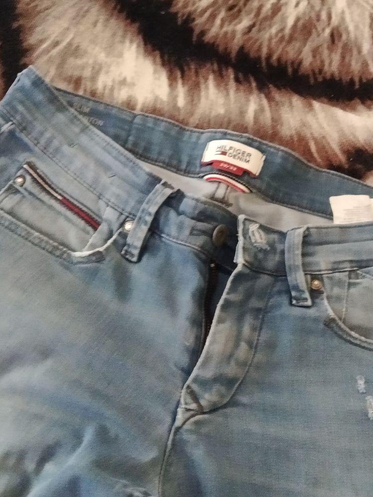 Pantalon homme Tommy Hilfiger denim et divers vêtements 15 Chauvigny (86)