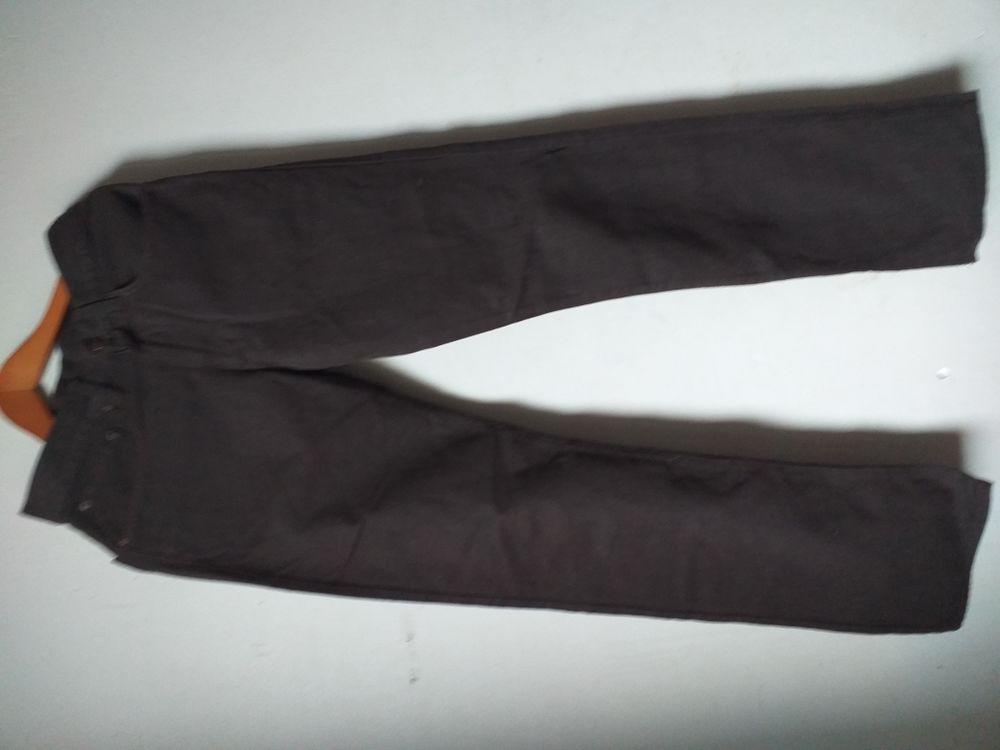 Pantalon Homme. 10 Montreuil (93)