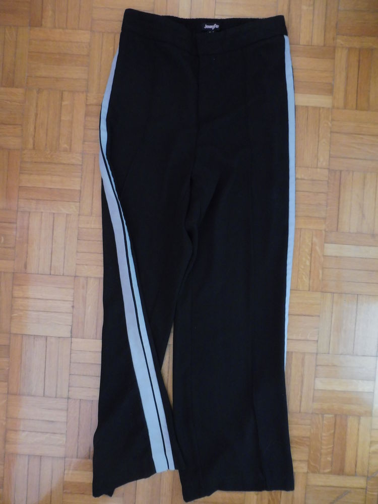 Pantalon Jennyfer Vêtements