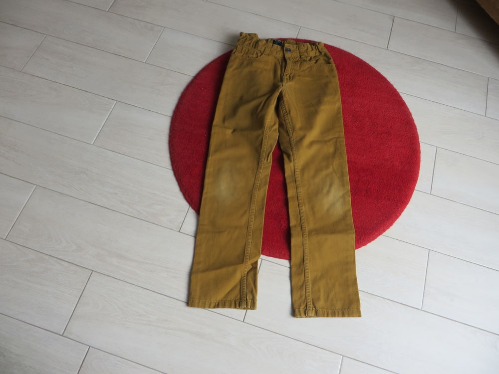 Pantalon - Kiabi - 10 ans - gold 3 Châteauneuf-sur-Loire (45)