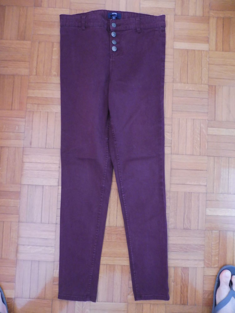 Pantalon Kiabi rouge Vêtements