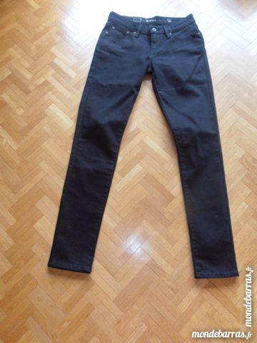 Pantalon Levi's skinny noir (70) 60 Tours (37)