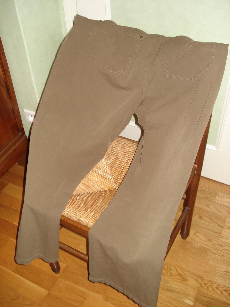pantalon marron porter une seule fois Vêtements