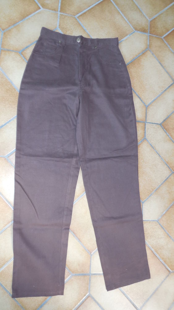 Pantalon marron 10 Kervignac (56)