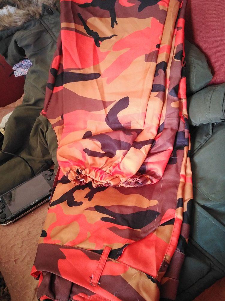Pantalon militaire orange  15 Draguignan (83)