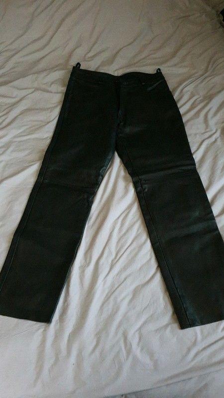 Pantalon de moto homme en cuir 130 Toulon (83)