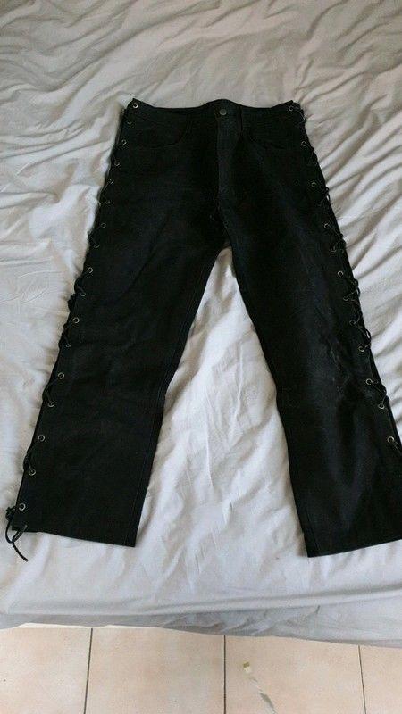 pantalon de moto en peau 80 Toulon (83)