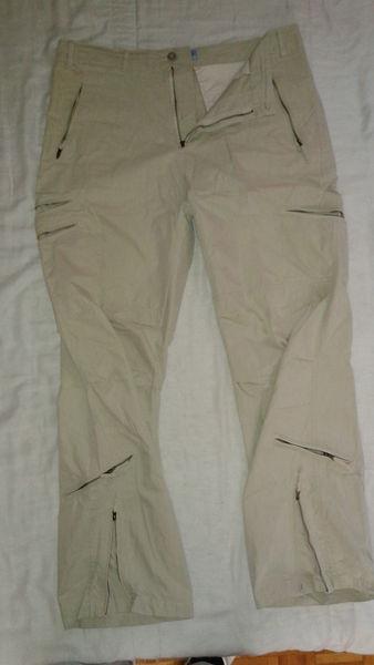 Pantalon neuf Beige clair T.46 - 10 euros seulement..!!! 10 Ribemont (02)