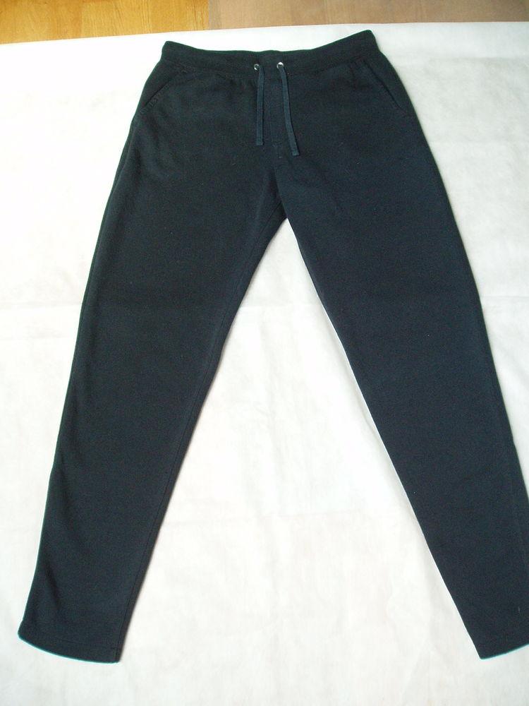 Pantalon NIKE Femme T 40  0 Corbeil-Essonnes (91)