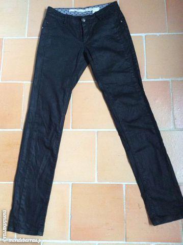 Pantalon noir ciré ikks 30 Le Cellier (44)