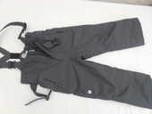 pantalon noir  ; pull n' fit ;  12 ans  ou 8 ans  20 Pontault-Combault (77)